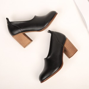 Black Vintage Heels Round Toe Slip-on Chunky Heel Pumps