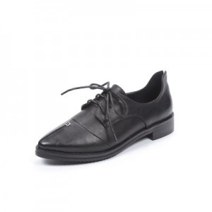 Leila Black Leather Pointed Toe Vintage Lace-up Flat Women's Oxfords