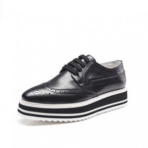 Leila Black Platform Brogue Round Toe Vintage Lace-up Flat Women's Oxfords