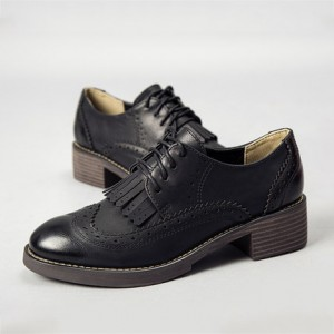Leila Black Fringed Round Toe Vintage Lace-up Women's Oxfords Brogues