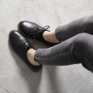 Leila Black Round Toe Lace-up  Vintage Shoes-Women's Oxfords