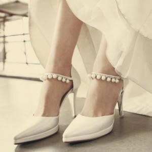 White Satin Bridal Heels Pearls Pointy Toe Platform Chunky Heel Pumps