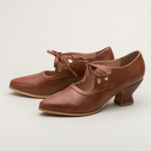 Women's Brown Lace-up Spool Heel Vintage Heels