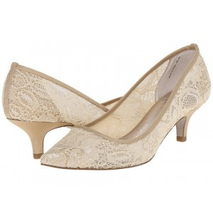 Nude Bridal Shoes Lace Heels Pointy Toe Kitten Heel Pumps for Wedding