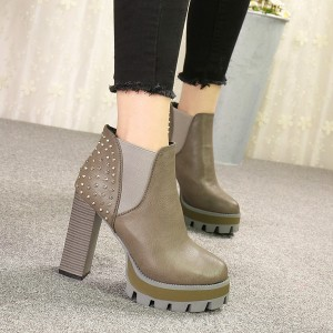 Women's Gray Vintage with Green Rivets Chunky Heel Boots