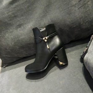 Black Vegan Boots Classy Short Chunky Heel Ankle Boots for Work