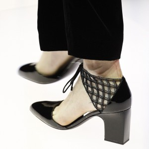 Black Patent Leather Nets Chunky Heels Round Toe Pumps