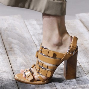 Brown Open Toe Chunky Heel Sandals with Buckles