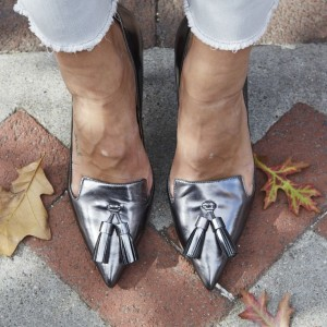 Women's Sliver Grey Kitten Heels Pointy Toe pumps with Tassel