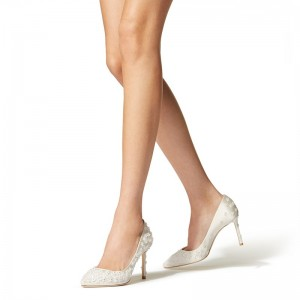 Ivory Satin Stiletto Heels Pumps with Flowers Embroidered