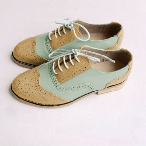 Khaki and White Two Tone Wingtip Shoes Lace up Flat Oxfords