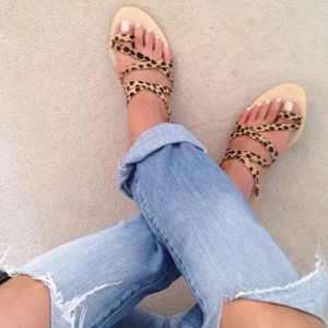 Leopard Print Flats Toe Loop Sandals