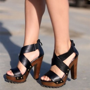 Lelia Black Open Toe Chunky Heels Rivets Platform Sandals