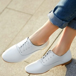 White School Shoes Flat Oxfords Lace up Comfortable Shoes