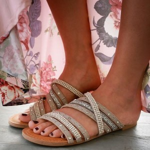 Grey Comfortable Summer Flats Sandals with Rhinestones