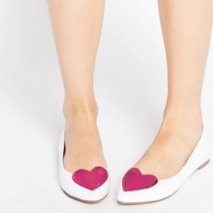 Pink Heart Comfortable Flats White Closed Toe School Shoes
