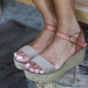 Grey and Tan Platform Sandals Open Toe Vintage Vegan Shoes
