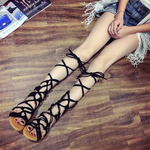 Women's  Black Cross-over Strappy Gladiator Sandals