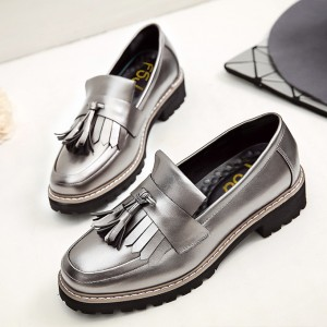 Women's Sliver Tassels Patent Leather Square Toe Vintage shoes