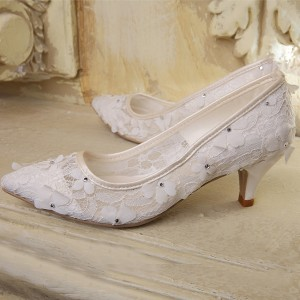 White Floral Lace Wedding Shoes Pointy Toe Kitten Heels Pumps