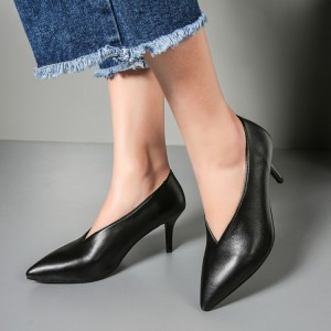 Women's Black Pointy Toe Low-cut Commuting Stiletto Heels Vintage Shoes