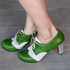 Green and White Vintage Shoes Lace up Block Heel Retro Shoes