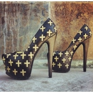 Black Cross Printed Almond Toe Platform Heels Pumps