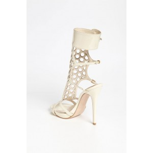 Lillian White Hollow-out Pumps