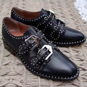 Women's Black Round Rivets and Buckle Vintage Shoes