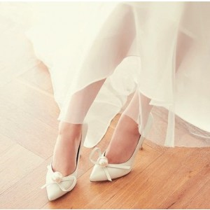 Women's White Pointed Toe Jeweled Ribbon Stiletto Heel Pumps Bridal Shoes