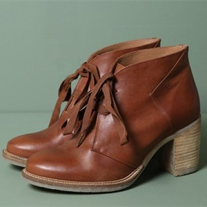 Tan Vintage Boots Lace up Round Toe Chunky Heels for Women