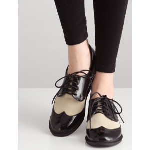 White and Black Women's Oxfords Lace up Brogues Vintage Shoes