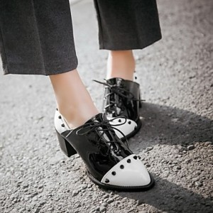 Black and White Patent Leather Vintage Shoes Women's Brogues