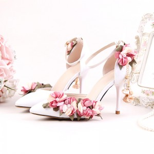 Women's White Romantic Floral Stiletto Heel Wedding Shoes