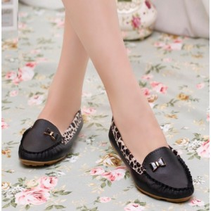 Black Round Toe Leopard Flats Comfortable Loafers for Women